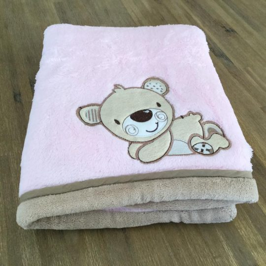 Couverture Microfibre polaire « Pearls Of Baby » – Ourson Rose 75×100