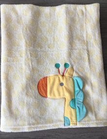 "Couverture Microfibre polaire ""Pearls Of Baby"" - Girafe 75x100"