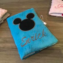 protege carnet mickey personnalise