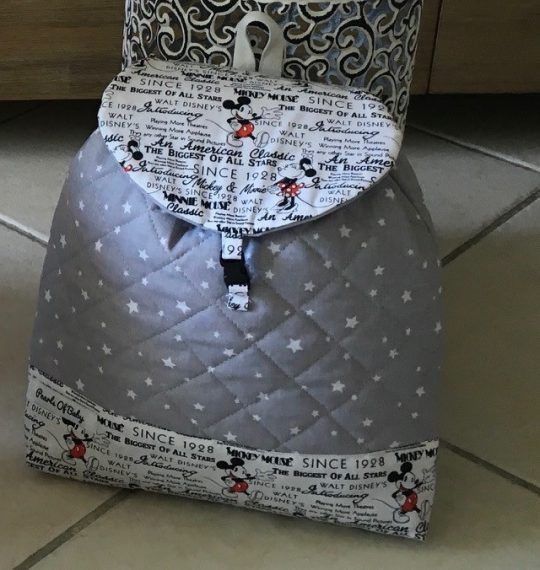 sac à dos gris minnie et mickey