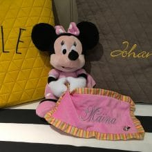peluche minnie Maina